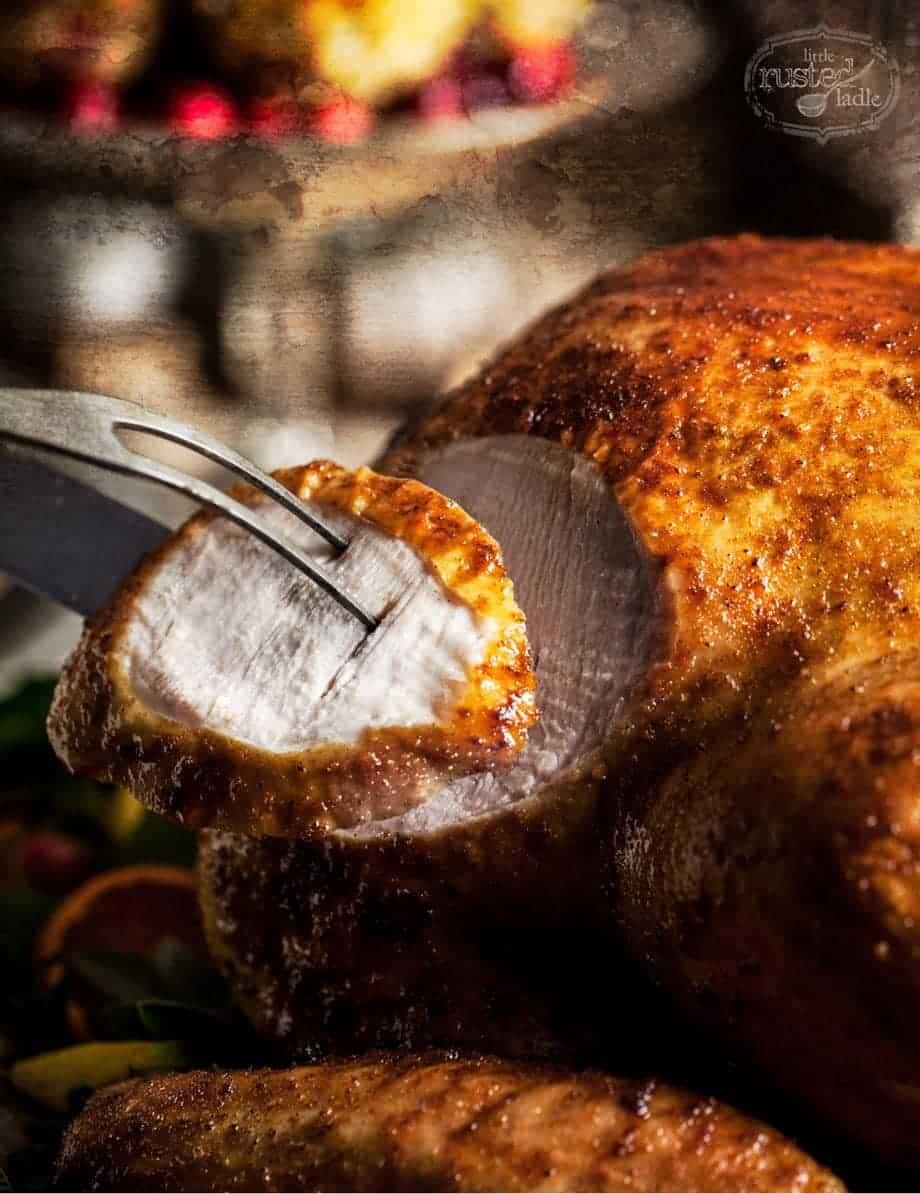 Turkey Styling | Thanksgiving Table Scape Feast Recipes and Styling Tips | www.littlerustedladle.com
