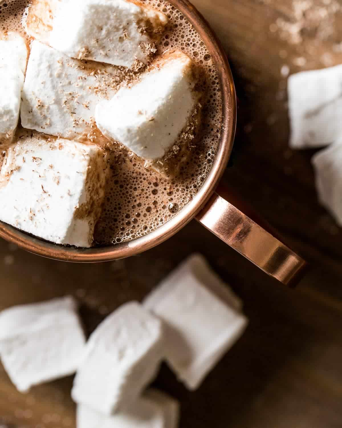 homemade-marshmallows-recipe-fluffy-sweet-and-so-easy-hot-cocoa-little-rusted-ladle-food-photography-web-8