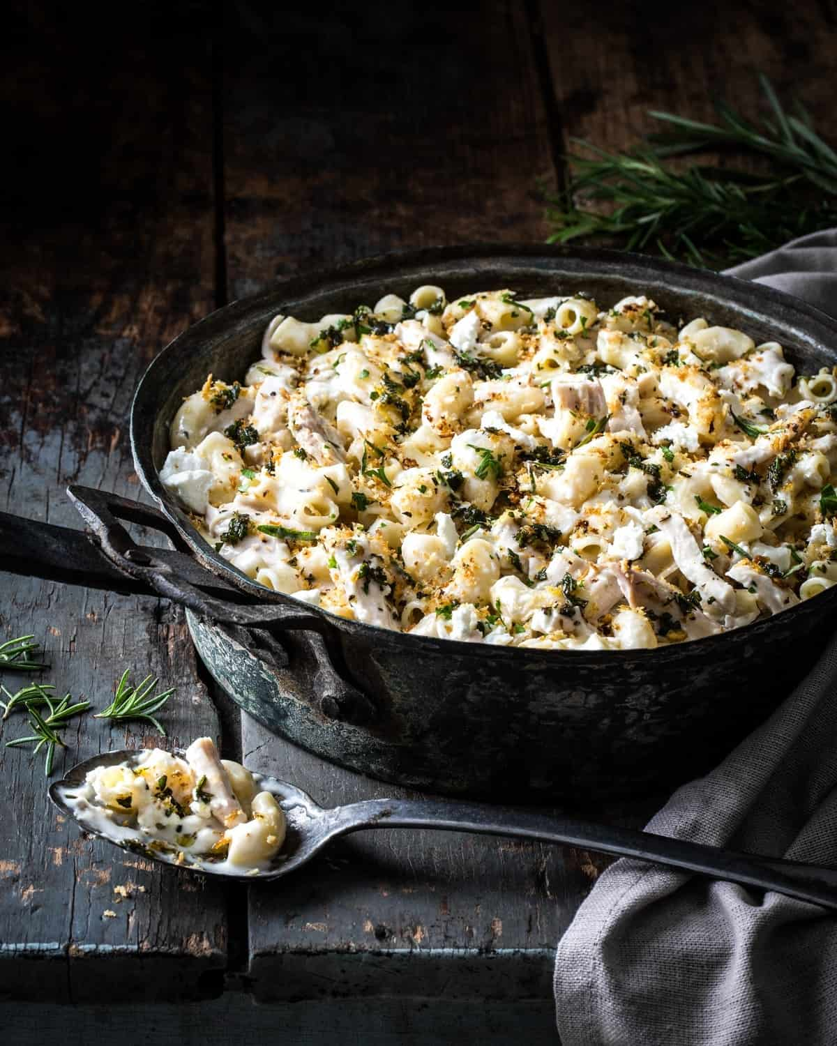 Rosemery Chicken Mac and Cheese - Herbs for Flavor, Health, and Natural Beauty - Little Rusted Ladle - Jena Carlin Photography - Web-2