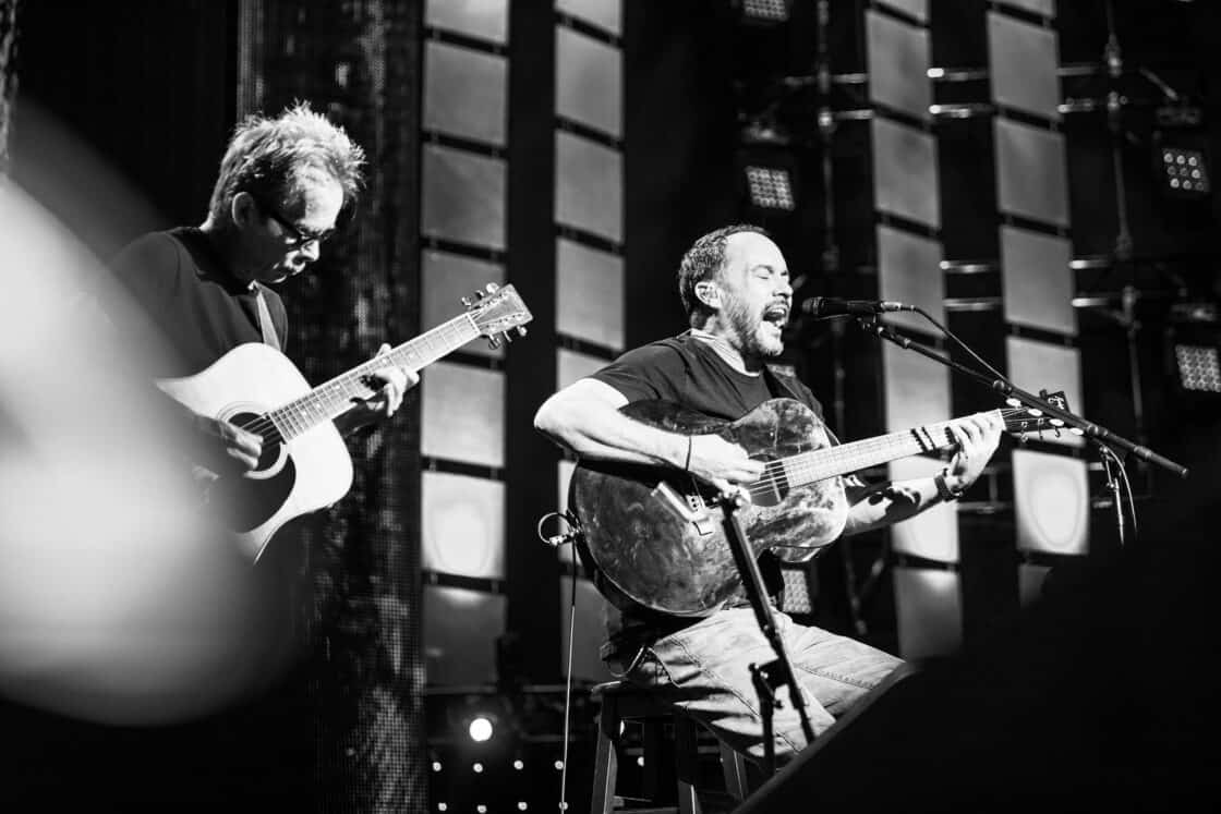 Dave Matthews and Tim Reynolds playing guitar and singing at Farm Aid